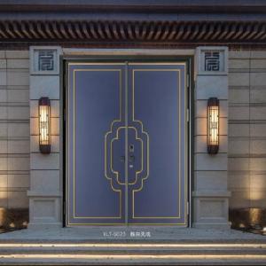 尔旭大宅精雕铸铝门